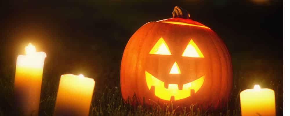 Wat Vieren Mensen Met Halloween.Halloween Wat Is Het En Vieren Wij Dat