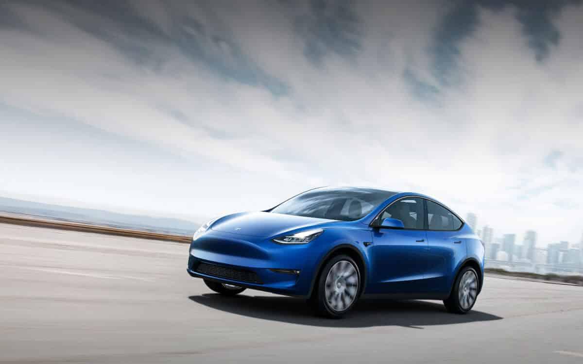 Tesla Y