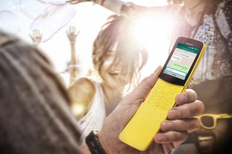 Nokia 8110 met WhatsApp